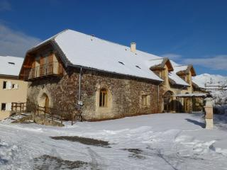 Bergerie Saint-Roch Grand Gîte 15 personnes - Gap vacation rentals