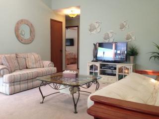 Surfside Beach, TX, Dolphin Lane Canal/Beach House - Surfside Beach vacation rentals