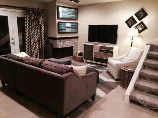 Old Town Scottsdale Modern Villa with Camelback Views - Scottsdale vacation rentals