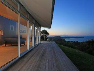 Nikau Apartment One Waiheke Island - Auckland vacation rentals