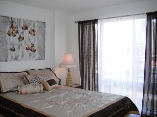 Gorgeous Luxury 2-Bedroom Condo + Indoor Parking!! - Longueuil vacation rentals
