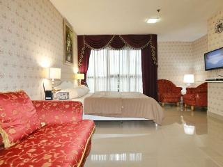 BKK's #1 City Center Location in Shopping District - Bangkok vacation rentals