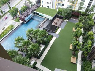 New Condo@ BTS Talad Phlu/ Pho Nimit - Bangkok vacation rentals