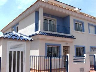Villa Taylor . Beautiful 3 Bedroom Villa with pool - Los Alcazares vacation rentals