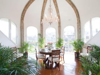 Metropolitan - San Sebastian vacation rentals
