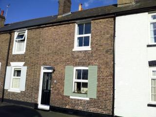 Charming 2 bedroom Cottage in Deal with Internet Access - Deal vacation rentals