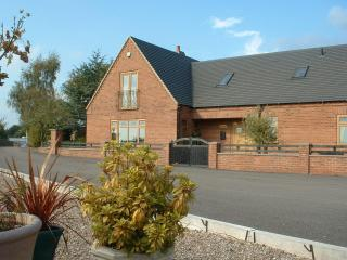 Nice 4 bedroom House in Uttoxeter - Uttoxeter vacation rentals