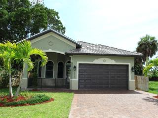 Naples Park - New Vacation Home - Close to Vanderb - Naples vacation rentals