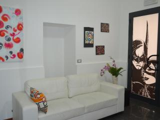 "in centro citta ""Casa Bassi"" - Palermo vacation rentals"