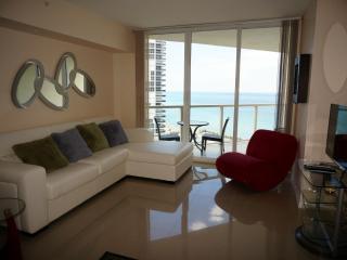 la perla ocean rfont condo - Sunny Isles Beach vacation rentals