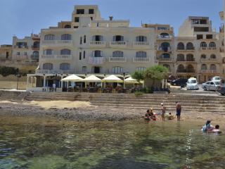 Charming 2 bedroom Apartment in Marsalforn - Marsalforn vacation rentals