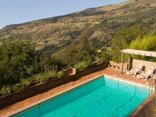 Cortijo Cañada del Reguero, mountain retreat - Capileira vacation rentals
