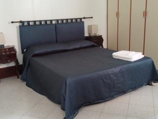 Apartment 2x2 with court - City of Venice vacation rentals