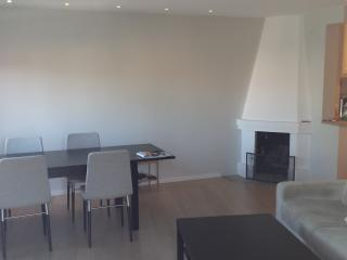 Cool, new and central 50sqft w/balc - Oslo vacation rentals