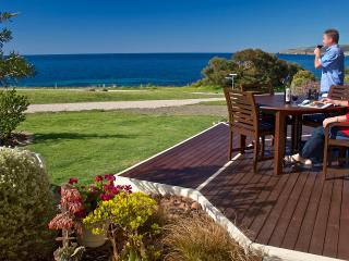 Searenity Holiday Home - Panoramic Sea Views - Emu Bay vacation rentals