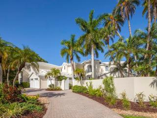 LUXURY WATERFRONT PROPERY - Lido Key vacation rentals