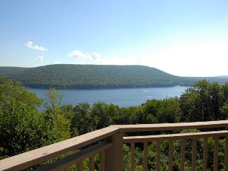 Stunning & Unique 4 Bedroom Mountain Home w/ Breathtaking Lake Views! - Oakland vacation rentals