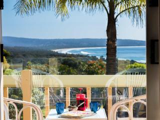 Sunny 3 bedroom Townhouse in Merimbula with Deck - Merimbula vacation rentals