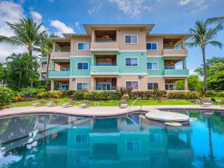 Great Ocean Views! 2007 Built Penthouse at Kahaluu - Kailua-Kona vacation rentals