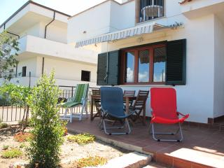 Casa Margherita 2, sea view,  3 km from Tropea - Parghelia vacation rentals
