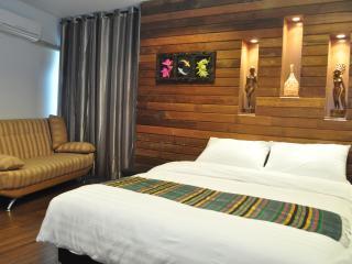 Bali Hut - Bangkok vacation rentals