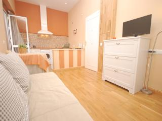 [686] Cozy studio in the city center of Seville. - Seville vacation rentals
