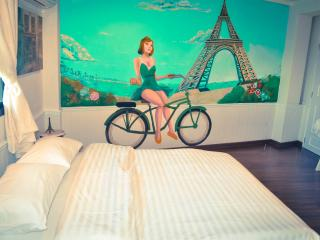 French Vintage - Bangkok vacation rentals