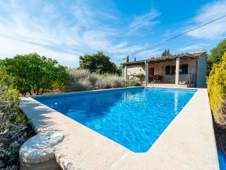 PEREÓ - Property for 5 people in Selva - Selva vacation rentals