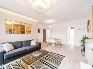 New Vacation Rental for 6 in the Heart of Paris at Montorgueil - Paris vacation rentals