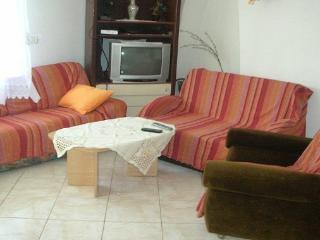 2 bedroom Condo with Stove in Rakalj - Rakalj vacation rentals
