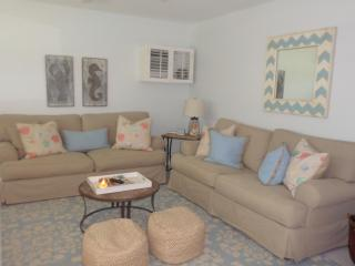 2/1 condo, Seabreeze South unit P1 - Marco Island vacation rentals
