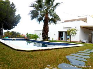 VILLA ALMA SEGUR DE CALAFELL - Segur de Calafell vacation rentals