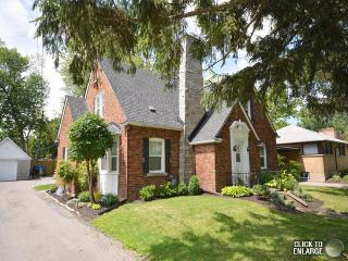 Beautiful waterfront home - Fort Erie vacation rentals