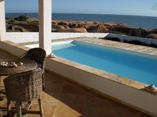 Villa sul mare con piscina.. posizione unica. - Fortaleza vacation rentals