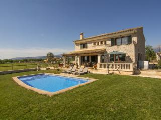 Holiday in Mallorca Family finca with pool - Inca vacation rentals
