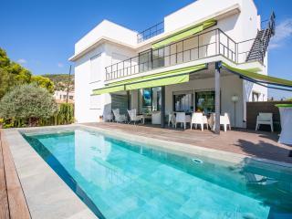 Modern boutique style villa - Palma de Mallorca vacation rentals