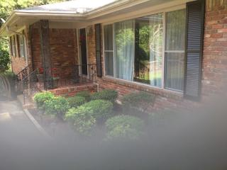 5 Bdrm 3 Bath House Sleeps 11-14 Decatur GA - Dunwoody vacation rentals