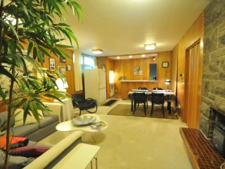 Beautifully decorated apartment! - Quebec vacation rentals