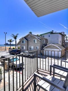 June $400/night! Beach view, 1 house to beach! - Newport Beach vacation rentals