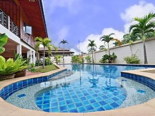 RAWAI Wooden House 4 Bedrooms Pool - Rawai vacation rentals