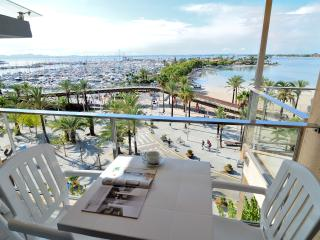 Apartment Marina J - Puerto de Alcudia vacation rentals