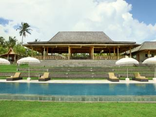 Spacious villa in Tabanan - Suraberata vacation rentals