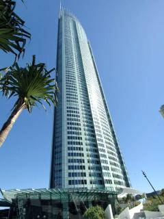 Stunning Q1 Apartment Sleeps 9 - Surfers Paradise vacation rentals