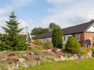 2 bedroom Cottage with Internet Access in Cheadle - Cheadle vacation rentals