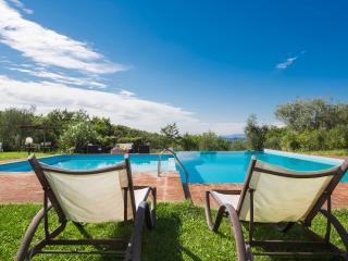 Charming House for 4/6 people next to S. Gimignano - Montaione vacation rentals