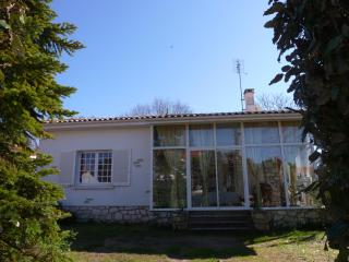 Adorable Vaux-sur-Mer vacation Villa with Dishwasher - Vaux-sur-Mer vacation rentals