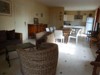 4 bedroom Villa with Dishwasher in Vaux-sur-Mer - Vaux-sur-Mer vacation rentals