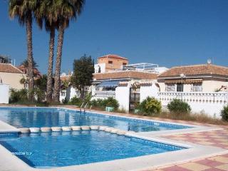 Beautiful bungalow with private corner site QTR716 - Los Alcazares vacation rentals