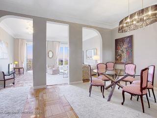 Palacio. Luxury and superb location in Madrid. - Madrid vacation rentals