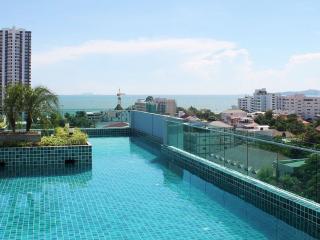 Laguna Bay Superior 2 Bedroom Suite - Pattaya vacation rentals